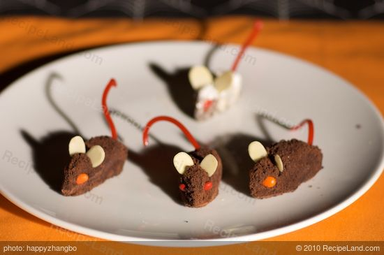 Halloween Chocolate Mice Recipe