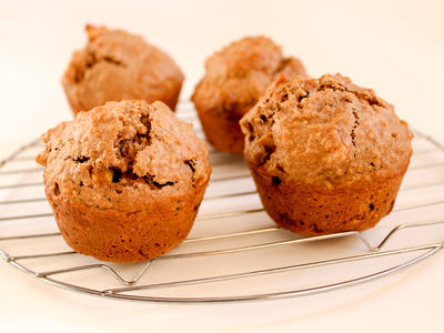 Low-Fat Apple Walnut Bran Muffins