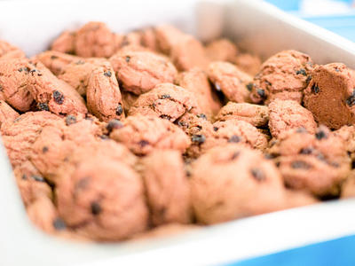 Chocolate Raisin Poppyseed Cookies