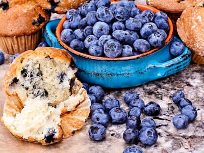 Bo's Low Fat Berry Muffins