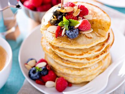 Quick and Easy Apple Pancakes