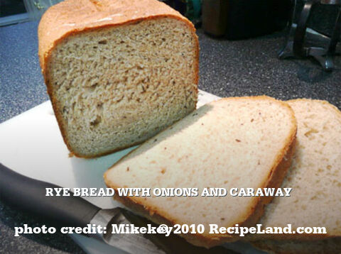 Rye Bread with Onions and Caraway