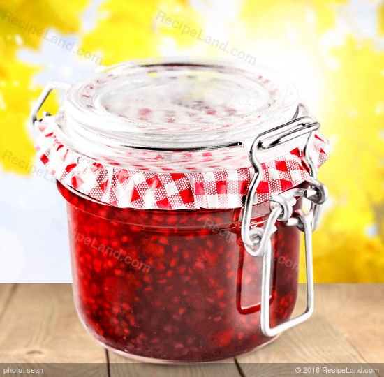No-Cook Strawberry Freezer Jam