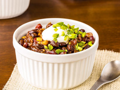 Black Bean-Chipotle Chili with Seitan