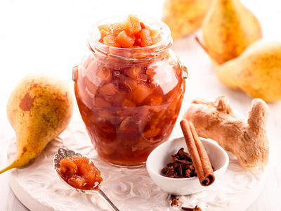 Joan's Pear Chutney