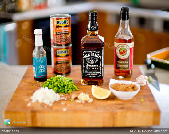 "Ingredients for Jack Daniels <a></a><a></a><a></a><a></a><a></a><a></a><a><a href=""/how-to/baking-survival-guide-331"" title=""Baking Survival Guide"">bake</a></a>d beans"