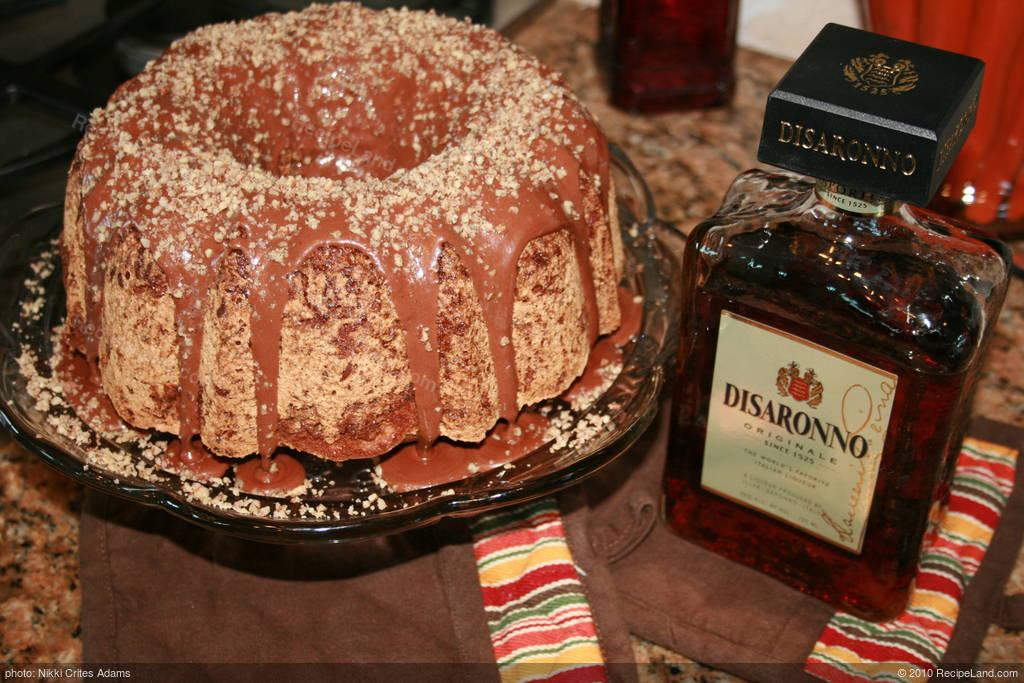 Italian Sour Cream Cake Recipe