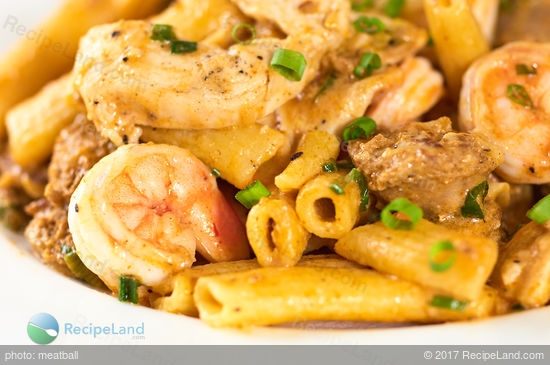Close-up of New New Orleans Pasta with shrimp, chicken and Chorizo sausage