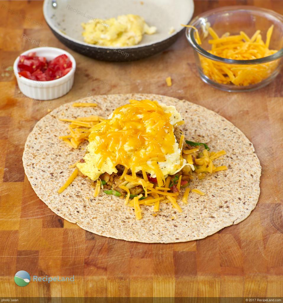 Breakfast Wraps Recipe: Crunchy Breakfast Wrap For Two Recipe