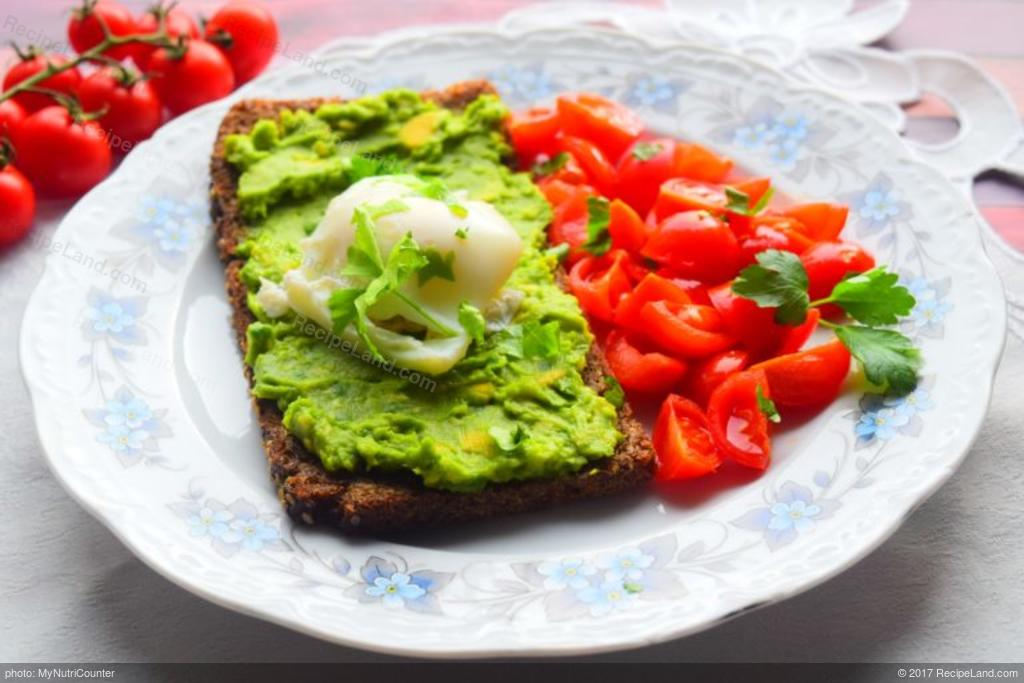 Healthy Avocado Poached Egg Breakfast Recipe