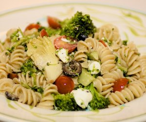 Mediterranean Pasta Salad with Broccoli and Cherry Tomato