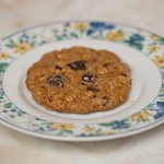 Low Fat and Low Calorie Oatmeal Chocolate Chip Cookies