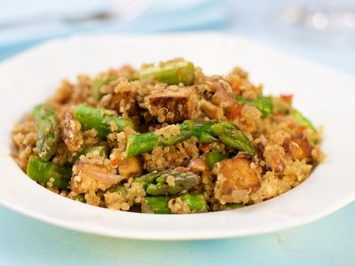 Asparagus, Tofu and Quinoa Salad with Parmesan and Walnuts
