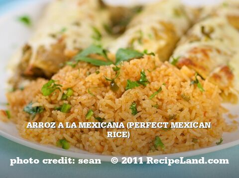 Arroz a la Mexicana (Perfect Mexican Rice)