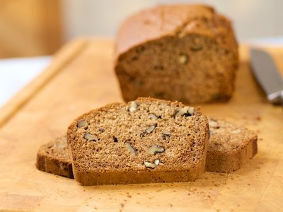 Banana, Honey and Walnuts Whole Wheat Bread