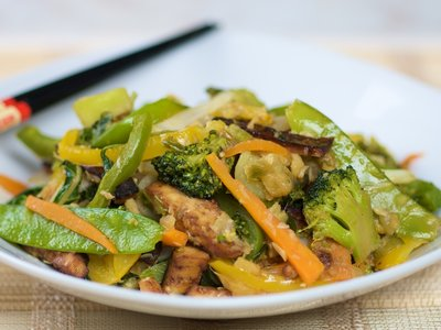 Wok-Sauteed Tofu and Vegetables