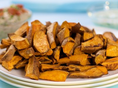 Baked Sweet Potato Wedges with Paprika