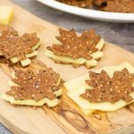 Canadiens Maple Leafs Crackers (Canada Day)