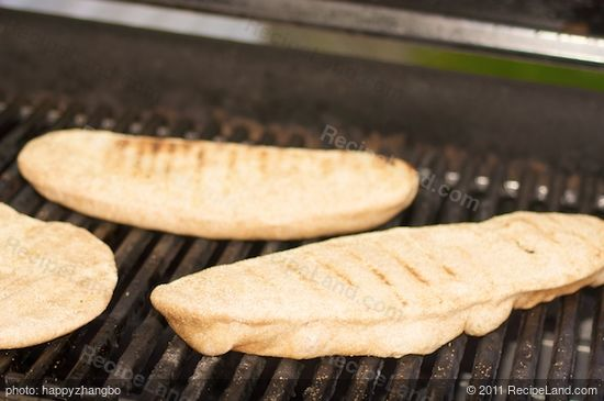 Cover and grill until the bottom is well marked and nicely browned, 3 to 5 minutes or more,
