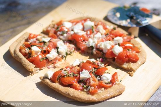 bruschetta pizza with garlic olive oil recipe. Black Bedroom Furniture Sets. Home Design Ideas
