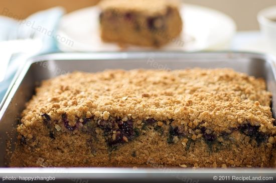 Moist, fluffy and delicious coffee cake!