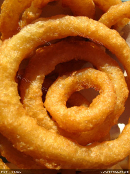 Beer-Battered Onion Rings Recipe