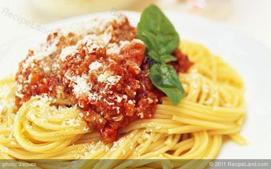 Quick & Easy Spaghetti Bolognese recipe