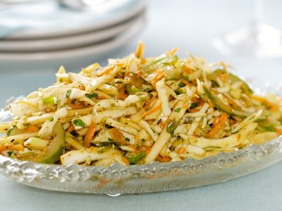 Kohlrabi, Carrot and Fennel Slaw