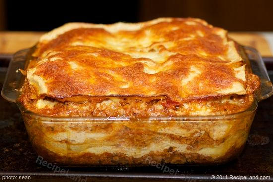 "Bake in 350 degrees F <a href=""/howto/it-pays-to-know-your-oven-344"" title=""It pays to know your oven"">oven </a> for about 1 hour or longer"