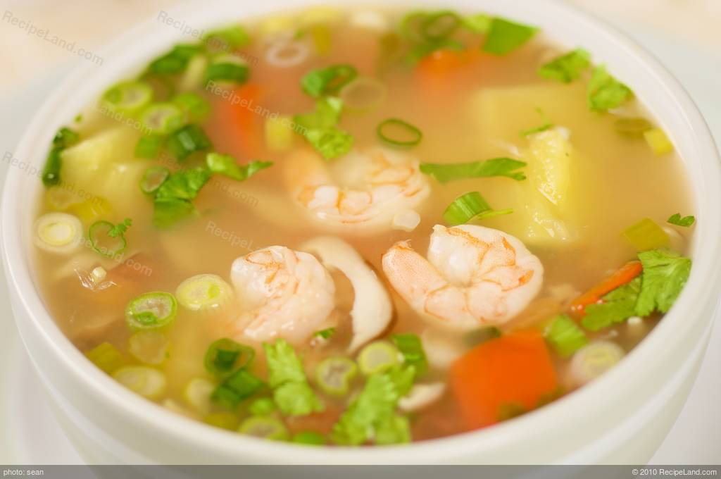 Pineapple And Shrimp Tom Yum Soup Recipe