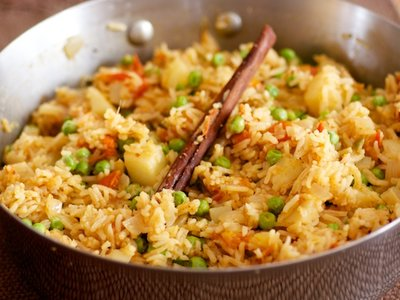 Exotic Spiced Pea Pilaf