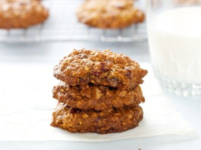 Oatmeal-Cranberry Chocolate Chip Cookies