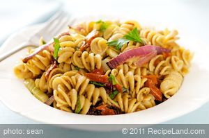 Roasted Fennel & Sun dried Tomato Pasta Salad